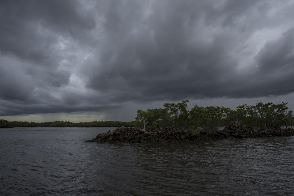 stormy chokoloskee bay