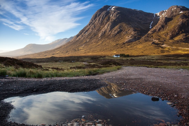 Buachaille Etive Mòr and reflection in the morning