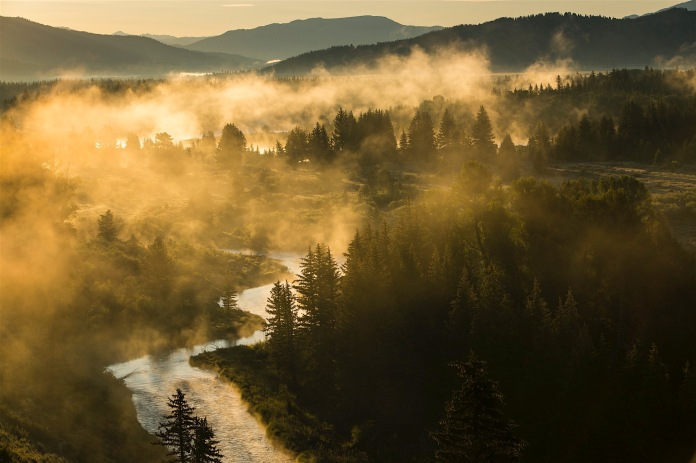 Fog rising from the Snake River in the morning